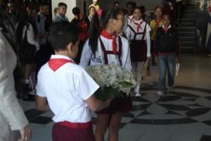Ofrenda_por_Aniversario_Muerte_Villena