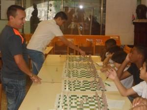 Simultanea_de_ajedrez