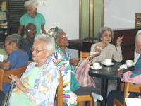 Desayuno_abuelos-Dia_Cultura