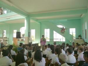 Actividad_Arroyo-directora_biblioteca