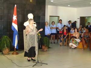 Dra Carmen Almodovar