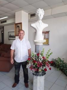 Escultor Antonio Leon